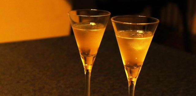 お酒とカマグラポロ
